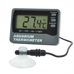 Aquarium thermometer with in fish tank and room sensors